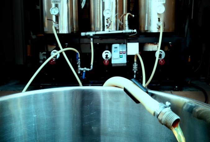 Homebrewing beer brewers