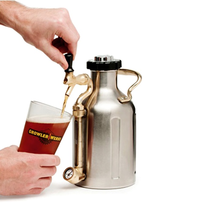 Save $25 on a Growler Werks Pressurized Stainless Steel Growler